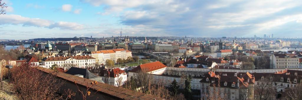 zdjęcie panoramiczne Pragi